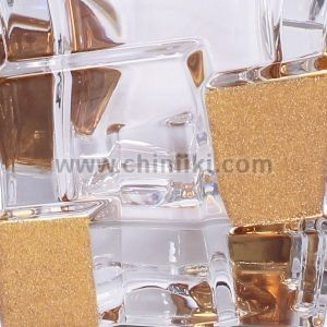 Crack GOLD ICE кристална гарафа за уиски 900 мл, Bohemia Crystal